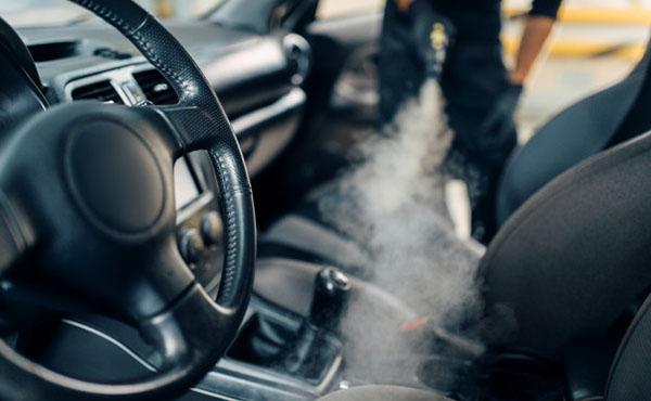 Ózongenerátoros gépjármű tisztítás